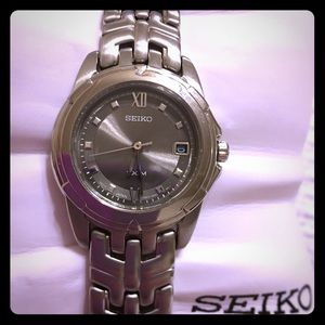NWOT/NIB Seiko women's stainless steel watch
